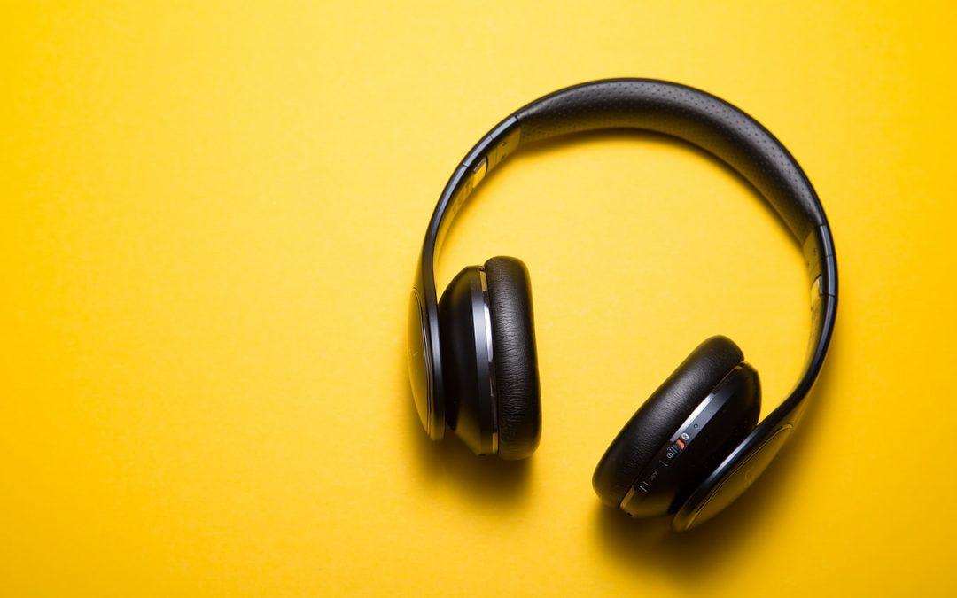 4 smarte og funktionelle høretelefoner i 2020