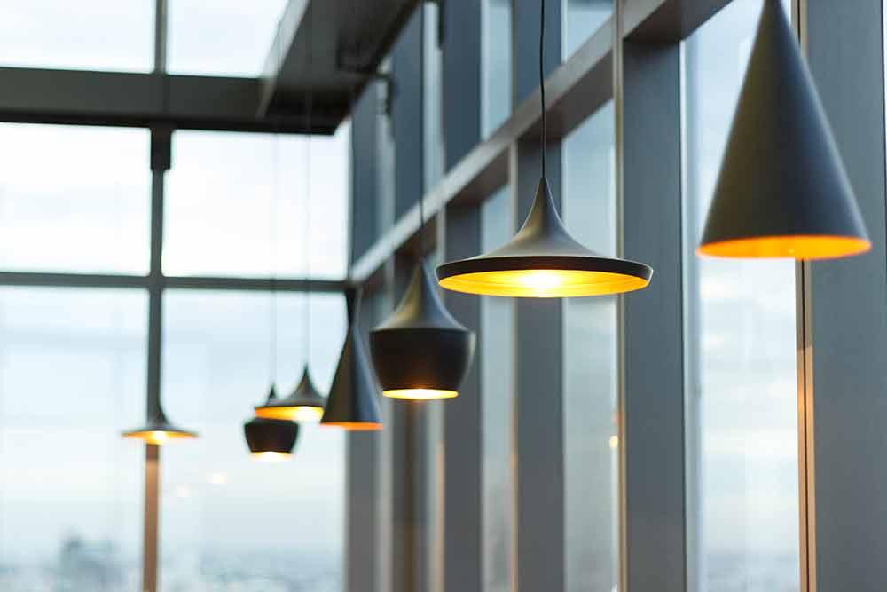 Giv din stue et nyt pift ved at udskifte lampeskærmen
